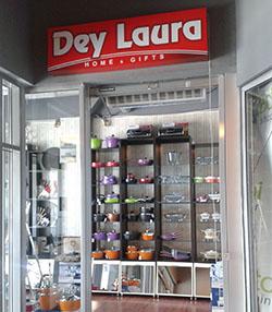 DEY LAURA