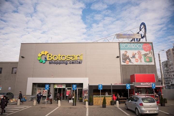 Nou! S-a deschis fast-food-ul Roti Grill la Botosani Shopping Center!